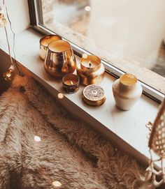 Meditation: Relaxing The Body And The Mind - Healthy Living Diets Hygge, Fashion Job, 90s Fashion, Lounge, Meditation Space, Cozy Corner, Window Sill, Humble Abode, Diy Food