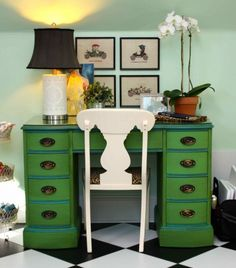 Desk finished in Antibes Green Chalk Paint® decorative paint by Annie Sloan | By Amy of Playing Sublimely