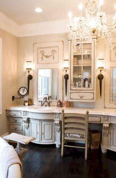 Home and Lifestyle Design: Trumeau Mirror Love Dream Bathrooms, Beautiful Bathrooms, Rustic Bathrooms, Chic Bathrooms, Country Style Bathrooms, French Country Bathroom Ideas, Parisian Bathroom, Neutral Bathroom, French Bathroom Decor