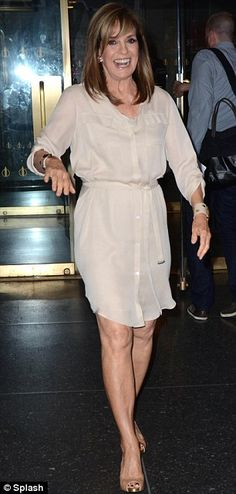 Linda Gray Legs | Stunning at 71: Linda Gray showed off her toned legs and youthful skin ...