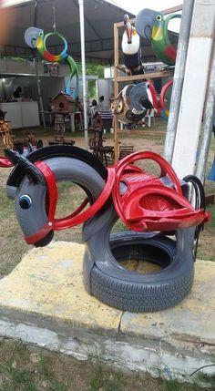 Tire Craft, Marco Antonio, Bed Bugs, Clay Pots, Ideas Para, Repurposed, Bench, Pattern, Diy