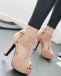 d1988020ff9 19 Best Heels images