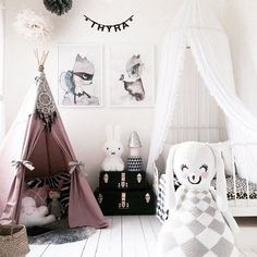 Girl's room - gorgeous pink room for a little girl