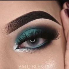 Smoke Eye Makeup, Day Eye Makeup, Makeup Eye Looks, Eye Makeup Steps, Skin Makeup, Eyeshadow Makeup, Black Makeup Looks, Blue Eyeshadow Looks, Teal Makeup