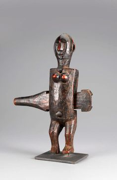 Africa |  Door lock from the Bamana people of Mali | Wood, iron | 20th century