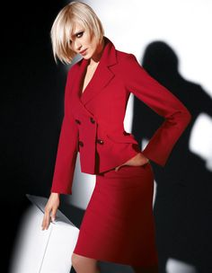The beauty and classic elegance of women's fashion. Crisp White Shirt, White Shirts, Suit Fashion, High Fashion, Womens Fashion, Business Outfits, Business Fashion, Interview Suits, Dress Skirt