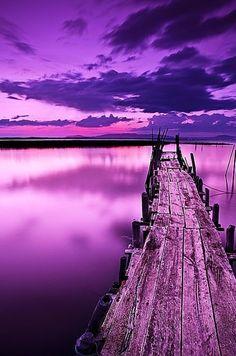 a wonderful dock on a purple sea :)