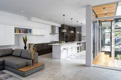 Diseño de Casas - Fachadas de Viviendas, Fotos e Ideas de Diseno de Casas: Casa Moderna Revestida Rustica