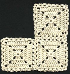 a bit old-fashioned like this, but might look nice with some funky colours involved?Looks a bit old-fashioned like this, but might look nice with some funky colours involved? Crochet Blocks, Granny Square Crochet Pattern, Crochet Stitches Patterns, Crochet Squares, Crochet Motif, Hat Crochet, Crochet Granny, Crochet Flats, Love Crochet