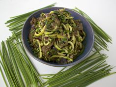 Kholrabi (or zucchini) noodles with steak | THE LOW HISTAMINE CHEF