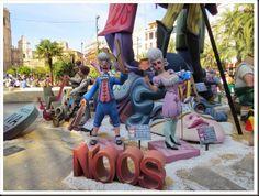 A Foodie in Europe: Las Fallas 2014: Tips to Enjoy the Fun!