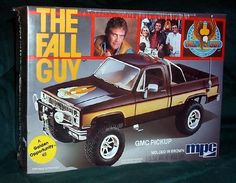 Remember the Fall Guy from the I loved that GMC truck! With the MPC model, you could build your own Lee Majors Fall Guy Truck! Fall Guy Truck, Chevy Models, Guy Models, Revell Model Kits, The Fall Guy, Model Cars Kits, Kit Cars, Plastic Model Cars, Retro Toys