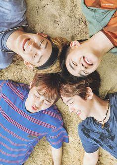 (HD scan) present;the moment photobook Exo Chen, Chanyeol Baekhyun, Park Chanyeol, Exo Band, Luhan And Kris, Exo Group, Exo Lockscreen, Exo Ot12, Kim Jongdae