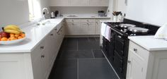 kitchen-floor-tiles-black