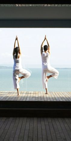 Point Yamu Yoga, Pilates & Spa: Boost your well-being with private Pilates and yoga sessions in Thailand, combined with luxurious spa treatments at this incredible wellness retreat. Sunrise Yoga, Phuket Resorts, Winter Sun, Yoga Session, Spa Treatments, How To Slim Down, Pilates, Detox, Thailand