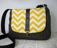 San Clemente  crossbody messenger bag // chevron by atlaspast,