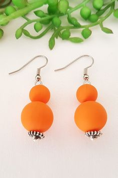 In need of a pair of statement dangles? Opt for these striking pair of Orange Silicone Dangle earrings and customise them to your favorite essential oil, according to your daily mood! Orange Earrings, Drop Earrings, Daily Mood, Stainless Steel Earrings, Light Photography, Earrings Handmade, Orange Color, Dangles, Essential Oils