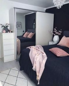 This is a Bedroom Interior Design Ideas. House is a private bedroom and is usually hidden from our guests. However, it is important to her, not only for comfort but also style. Much of our bedroom … Home Bedroom, Girls Bedroom, Bedroom Wall, Master Bedroom, Bedroom Black, Bedroom Inspo, Bedroom Themes, Room Color Ideas Bedroom, Black Bedding