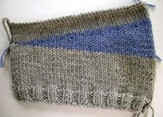 japanese short-rows no wrapping at the turning point; no holes! [I suck at short rows] Knitting Short Rows, Knitting Help, Knitting Stitches, Knitting Socks, Hand Knitting, Knitting Patterns, Crochet Patterns, How To Purl Knit, Knit Or Crochet