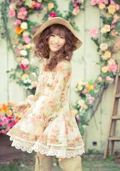 Sweet Gyaru: liz-lisa-dress-spring-2011