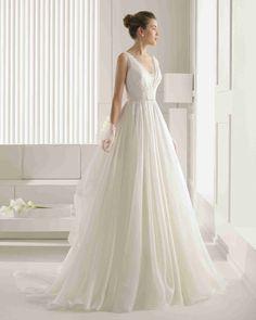 Romance V Neck Sleeveless A Line Wedding Dress Aro0095