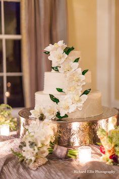 Magnolia wedding cake - southern wedding cake