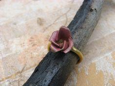 Guerra delle due rose rosa anello forgiato a mano di JanePlain