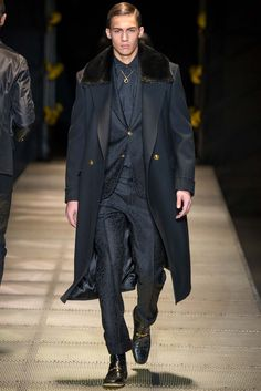 Versace Fall 2015 Menswear - Collection - Gallery - Style.com