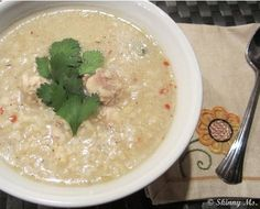 Slow Cooker Chicken and Rice Soup with a Twist #skinnyms #cleaneating #slowcooker #soups