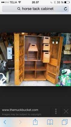 Horse tack cabinet