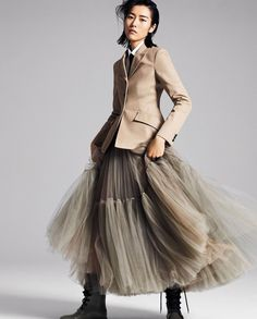 Liu Wen by Phil Poynter for InStyle US November 2018 - # for .Liu Wen by Phil Poynter for InStyle US November 2018 - # for Lara- A Liu Wen, Look Fashion, Autumn Fashion, Fashion Outfits, Fashion Trends, Dress Fashion, Woman Outfits, Modern Fashion, Fashion Bloggers