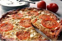 Tomaattinen fetapiirakka - Ullanunelma No Salt Recipes, Food Inspiration, Quiche, Feta, Tart, Goodies, Food And Drink, Healthy Recipes, Healthy Food