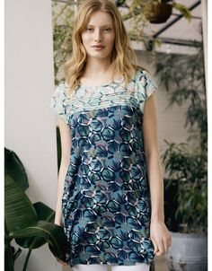 White Stuff Canada | Grace The Boutique - Grace the Boutique Summer Tunics, Navy Leggings, Short Sleeves, Short Sleeve Dresses, Faded Jeans, White Stuff, Green Pattern, Green Print, Simply Beautiful