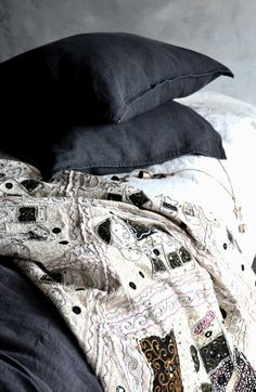 Rustic Rough Charcoal stonewashed linen by House of Baltic Linen