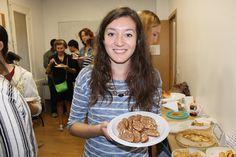 Comida internacional en Paraninfo. Fotos de alumnos y profesores. Septiembre de 2015.