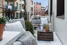 10 Amazing Winter Balcony Apartment Design Ideas You Have Must See Apartment Balconies, Cool Apartments, Small Patio Furniture, Outdoor Furniture Sets, Winter Balkon, Home Swing, Porch And Terrace, Decor Inspiration, Decor Ideas
