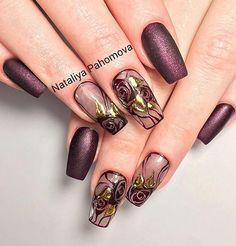 No photo description available. Pretty Nail Art, Beautiful Nail Designs, Beautiful Nail Art, Fabulous Nails, Perfect Nails, Gorgeous Nails, Acrylic Nail Designs, Nail Art Designs, Vintage Nail Art