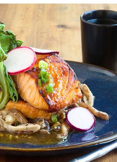 This dish uses bold Asian flavors and ingredients to amp up a simple roasted salmon. You will begin with classic Korean bulgogi ingredients: fresh ginger, spicy chili-garlic paste, and tamari sauce. Fish Recipes, Seafood Recipes, Asian Recipes, Gourmet Recipes, Cooking Recipes, Healthy Recipes, Salmon Dishes, Fish Dishes, Seafood Dishes