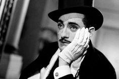 Δημιουργία - Επικοινωνία: Πέθανε ο σπουδαίος Γάλλος ηθοποιός και σκηνοθέτης ... Hats, Stone, Hat, Hipster Hat