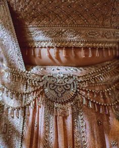 Ever wondered what is Tarun Tahiliani Lehenga Prices? Check out the latest bridal collection along with new lehenga pictures and prices. New Lehenga, Banarasi Lehenga, Pink Lehenga, Bridal Lehenga, Indian Lehenga, Big Indian Wedding, Desi Wedding, Indian Bridal, Indian Weddings