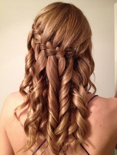 I tried out the waterfall braid + curls on Rachel!