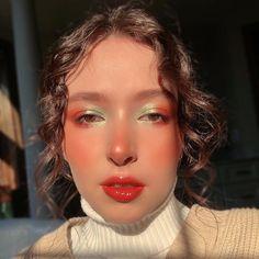 Shimmer Eyeshadow Palette, Pink Eyeshadow, Orange Eyeshadow Looks, Eye Makeup Art, Makeup Tips, Hair Makeup, Green And Orange, Orange Color, Colour