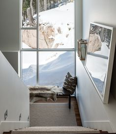 A modern rustic chalet was designed by Les Ensembliers for a family of four who have a passion for the outdoors, located in Mont-Tremblant, Quebec, Canada. Paolo Nutini, Ski Lodge Decor, Rustic Stairs, Custom Wood Furniture, Chalet Style, Stairs Architecture, Architecture Design, Stairways, Modern Rustic