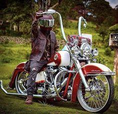 Your daily dose of the best Harley Davidson Softail photos Harley Davidson Sportster 1200, Harley Softail, Harley Davidson Chopper, Motorcycle Tank, Motorcycle Clubs, Motorcycle Camping, West Coast Choppers, Custom Street Bikes, Custom Bikes