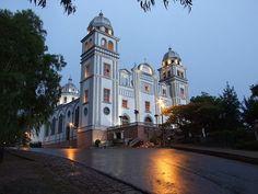 Catadral de Suyapa, Tegucigalpa, Honduras Tegucigalpa, Oh The Places You'll Go, Places Ive Been, Wonderful Places, Beautiful Places, Honduras Travel, San Pedro Sula, Central America, North America