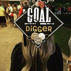 graduation day 45 great graduation cap ideas for girl. Graduation Cap Designs, Graduation Cap Decoration, Graduation Diy, High School Graduation, Nursing Graduation Caps, Decorated Graduation Caps, Graduation Flowers, Graduation Outfits, Graduation Balloons