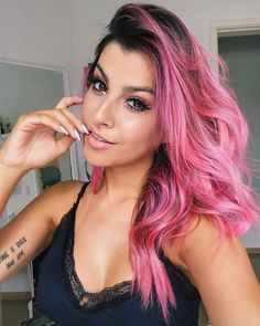 Hair Color Ideas for 2019 Neon Green Hair, Color Fantasia, Pastel Pink Hair, Beautiful Hair Color, Ombré Hair, Aesthetic Hair, Edgy Hair, Mermaid Hair, Hair Painting