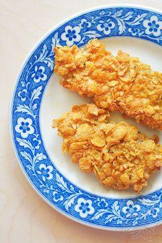 Pieczona pierś kurczaka w płatkach kukurydzianych