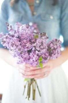 lilac lanvender bridesmaid bouquet