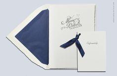 Hochzeitseinladung und Informationsbeileger mit Blindprägung gedruckt auf Büttenpapier. Online-Shop: www.carte-royale.com